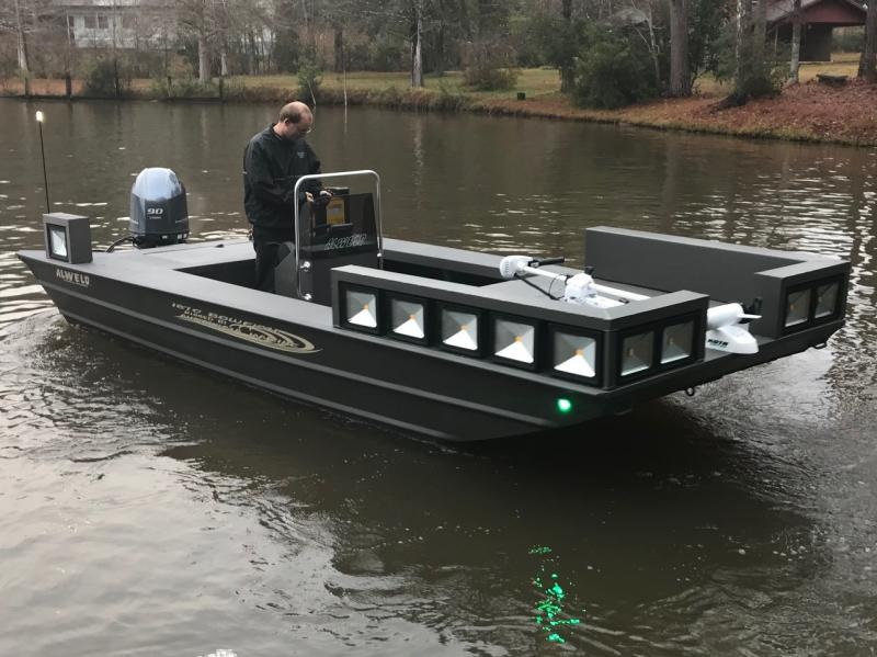 Andalusia marine and powersports inc new bowfishing boats for Bow fishing platform